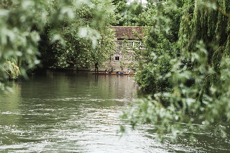 River Cam gets cleaned up by pirates!