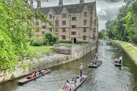 Fixed-term contract in Cambridge? Affordable accommodation